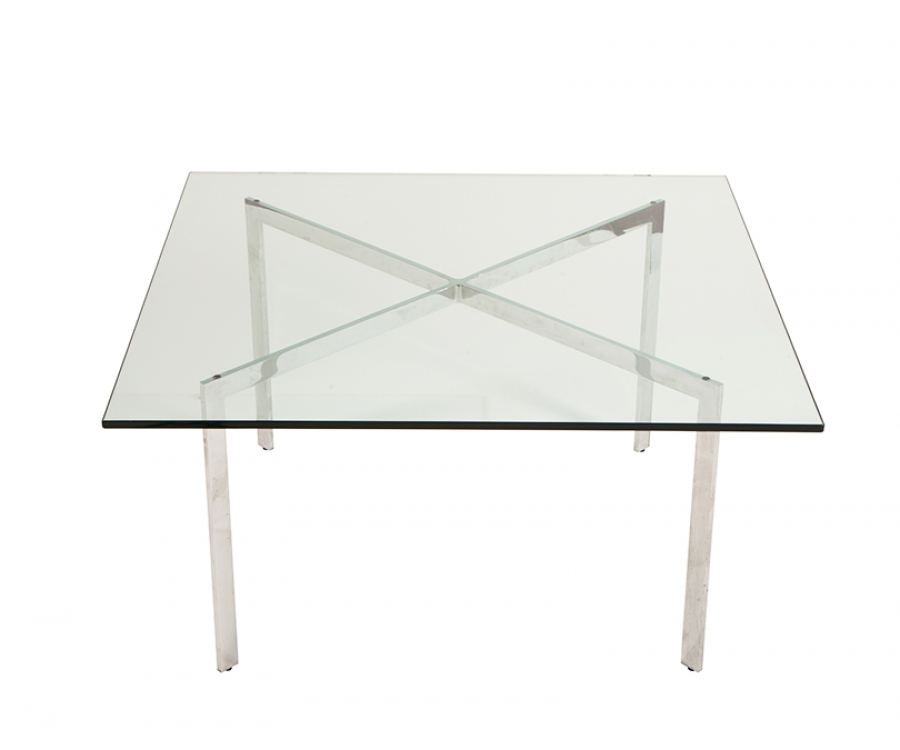 252 Barcelona Table